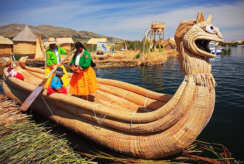 uros-floating-island-5