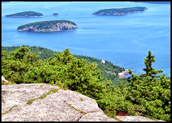 02s - Champlain Mtn - South Ridge Trail - But they couldn't steal the views - Porcupine Islands