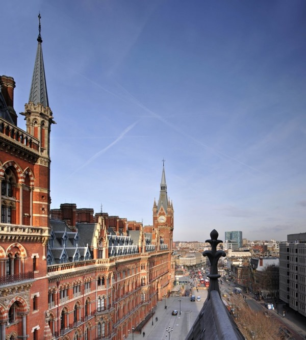Penthouse-Apartment-St-Pancras-by-Thomas-Griem