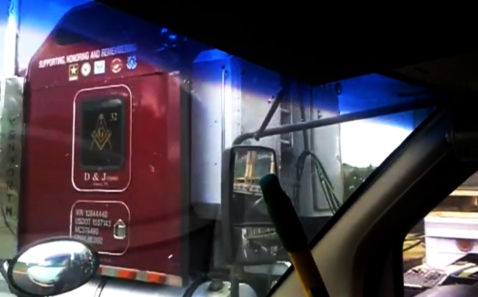 Camion mason