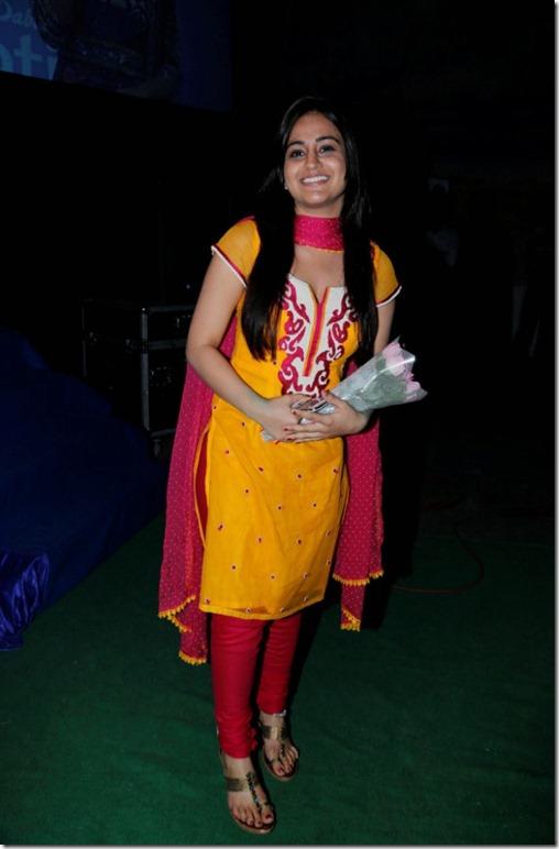 Aksha Pardasany Latest Hot Photos in Tight Dress