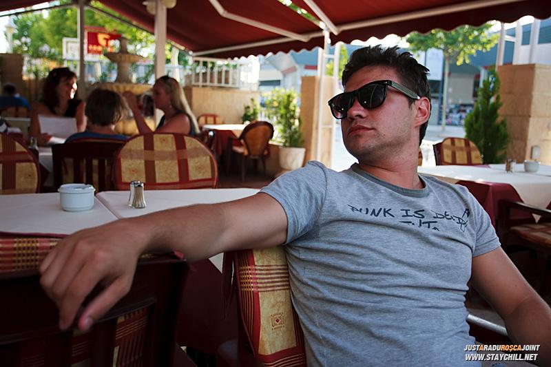 Dupa o amiaza plina am cautat un restaurant mai de-al casei, si am gasit unul cu specific romanesc in Alfaz