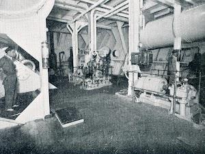 Otra vista de la sala de maquinas del CAMPOAMOR. Del libro CAMPSA. 1928-1932