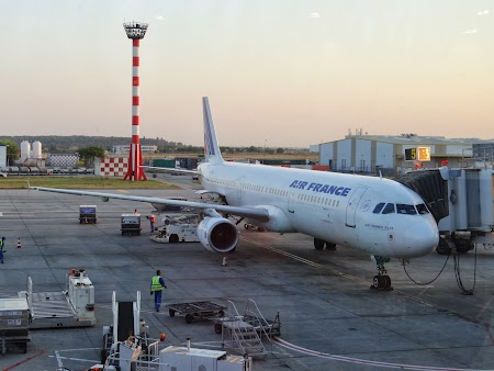 01. Air France pe Otopeni.JPG