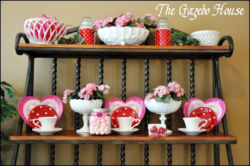 Valentines table & backers rack 010