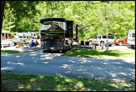 00b1b2 -  Middle Fork Campground Site B21 - our site on Weekend