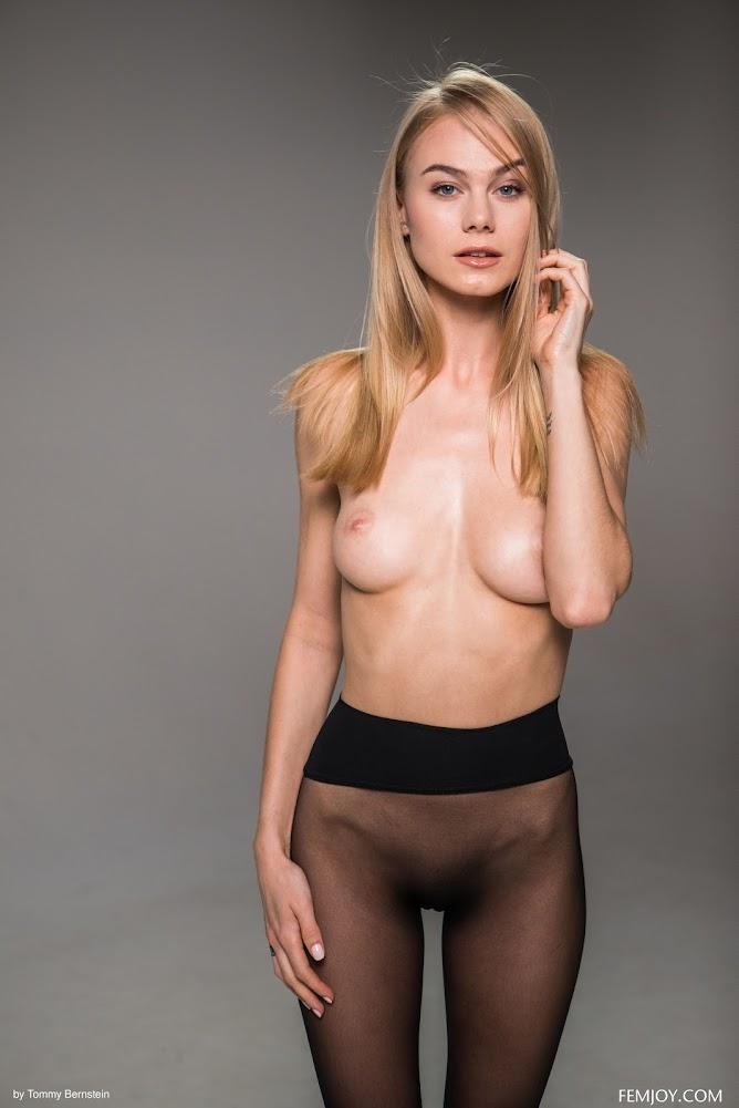 [FemJoy] Jane F - Pantyhose - Girlsdelta
