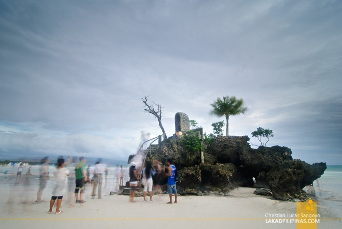 Boracay's Willy's Rock