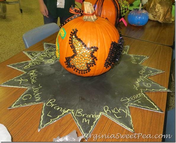 MMS Pumpkin Witch Side