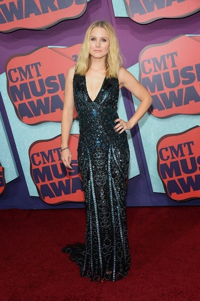 Kristen Bell Arrivals CMT Music Awards