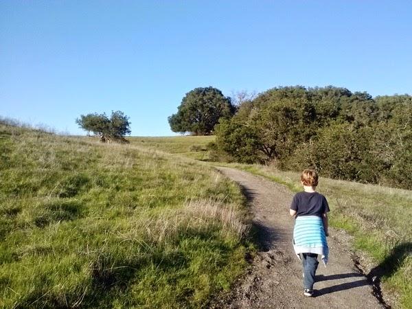Family Hike 02
