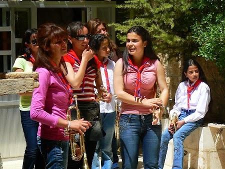 19. Trupa de muzicanti sirieni.JPG