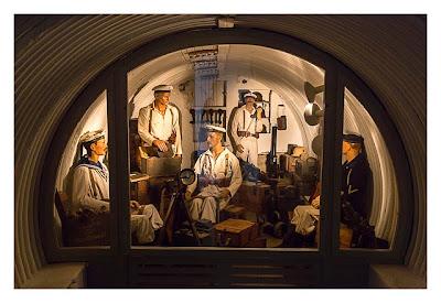 LP: Atlantikwall - Stp Tirpitz (Museum Raversyde) - Szene im Luftschutzraum