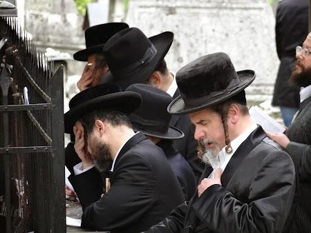 18. Evrei ortodocsi.JPG