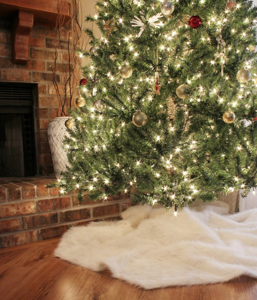 Diy Faux Fur Tree Skirt Bean In Love