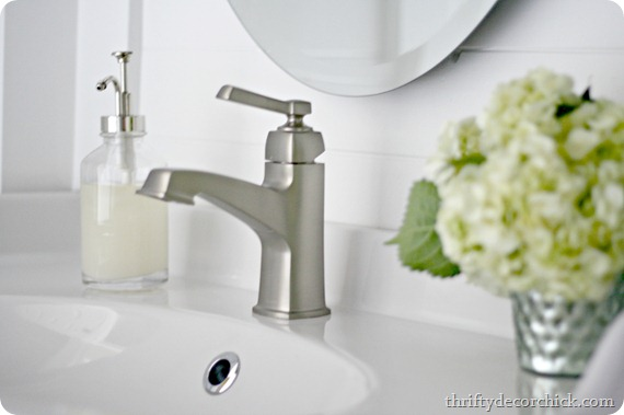 single hole moen faucet