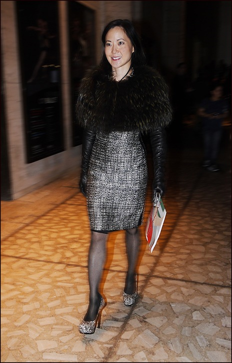 w black and white texture dress black hose long black leather gloves black fur shawl collar platform heels ol