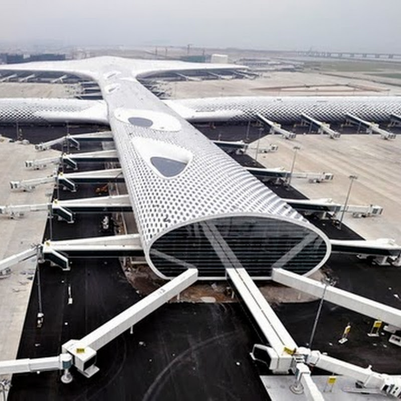 Shenzhen Opens Flashy New Airport Terminal