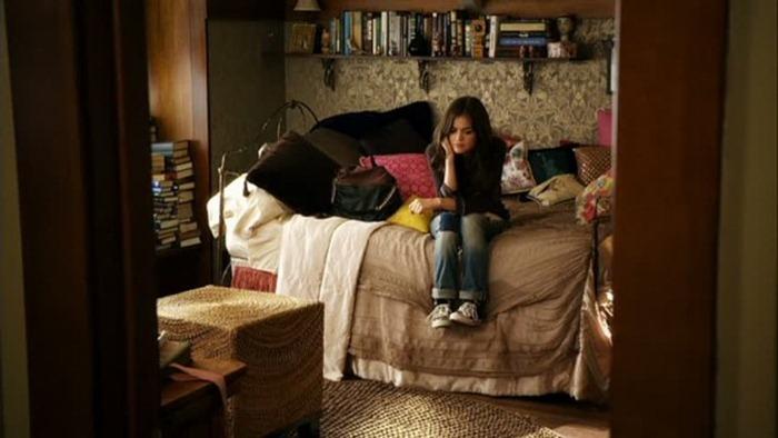 Arias-bedroom-6-611x343
