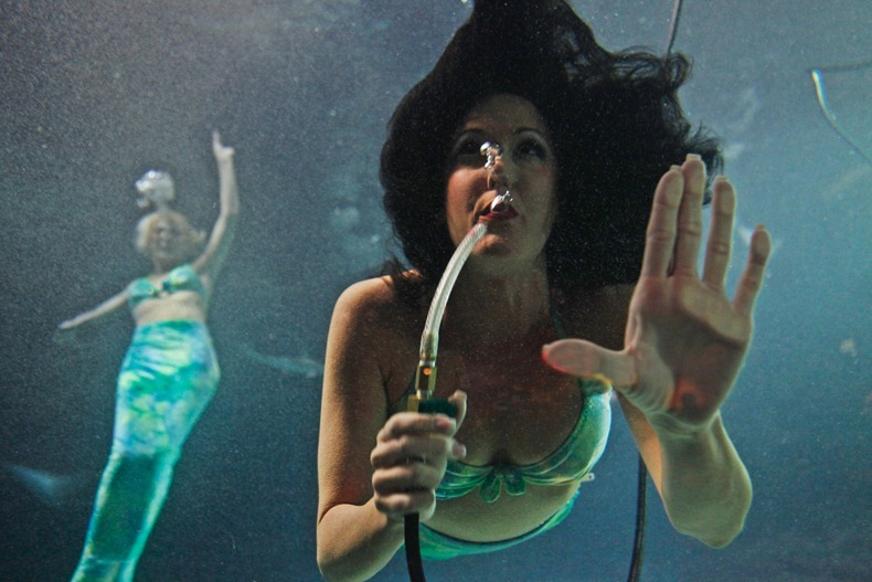 weeki-wachee-mermaids-10