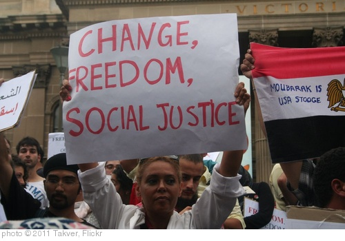 'Change, Freedom, Social Justice - Egypt Uprising protest Melbourne 4 Feb 2011' photo (c) 2011, Takver - license: http://creativecommons.org/licenses/by-sa/2.0/