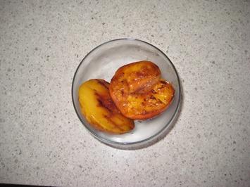 peaches 071