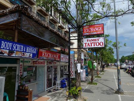 Saloane Thailanda: tatuaje pentru toata familia