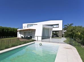 piscina-Casa-V-arquitectos-i-GC