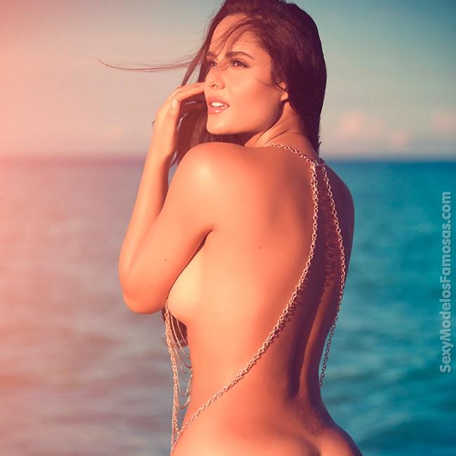 Ana Lucia Dominguez Desnuda SoHo Foto 27