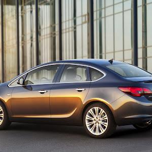 2013-Opel-Astra-Sedan-Official-1.jpg