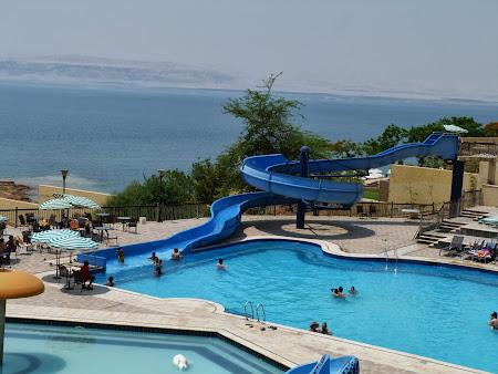 Cazare Marea Moarta: Piscina apa dulce langa Marea Moarta
