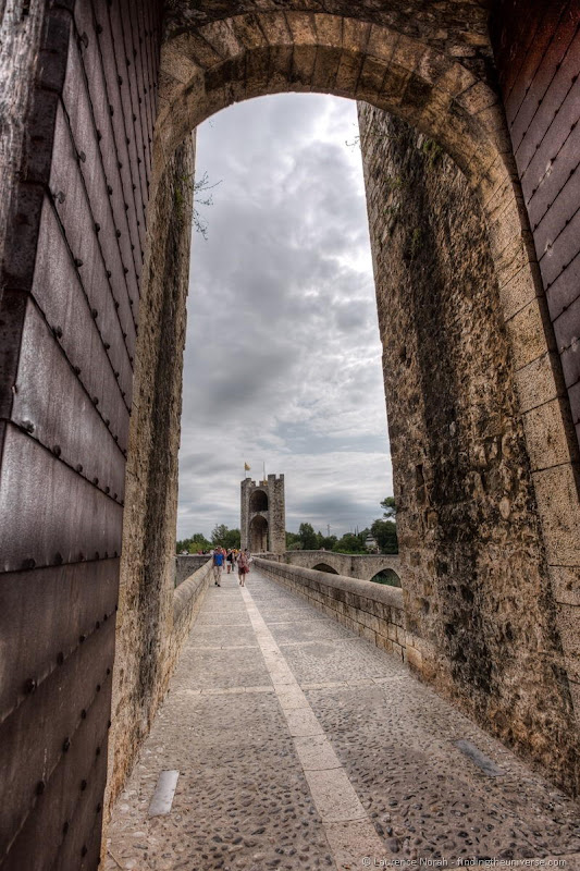 What to do in Besalú - Finding the Universe