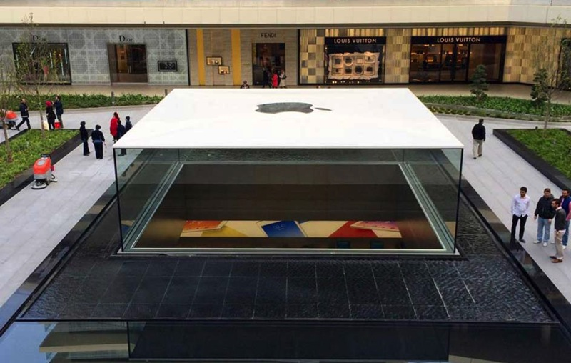 Apple store Istanbul 02