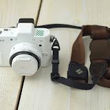 Nikon 1 V1 ホワイト+Ninja Strap