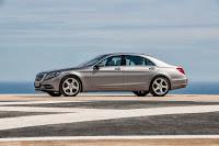 2014-Mercedes-S-Class-19.jpg