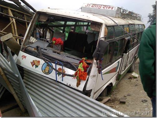 bus-accident-bindhabasini-pokhara (1)