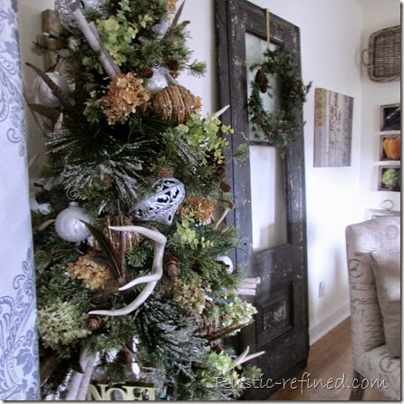 Holiday Dining Room Tour with a Buffet Tablescape @ Rustic-refined.com