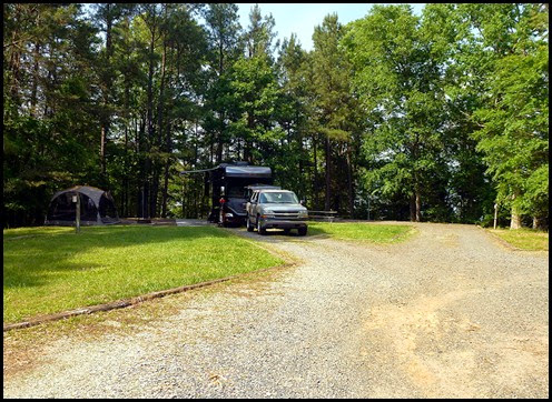 00 - Campsites 18 on left, 17  on right