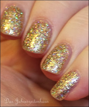 Gold Color Club Unter The Mistle Toe Collection Gingerbread 9