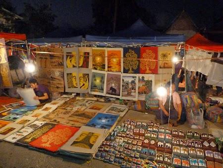 Piata noapte Luang Prabang