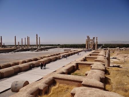 05. Intrarea in Persepolis.JPG