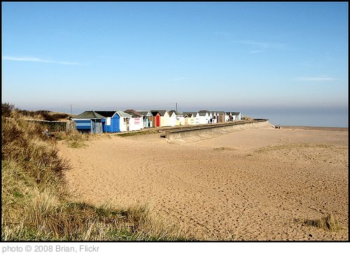 'Beach Huts, Chapel Point, Lincolnshire' photo (c) 2008, Brian - license: http://creativecommons.org/licenses/by-sa/2.0/