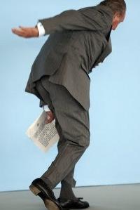 Juan Carlos stumbling
