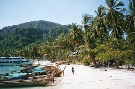 25. Plaja din Phi Phi Don.jpg