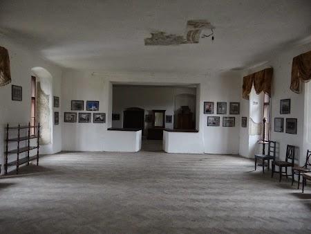 27. Interior castel Miclosoara, Covasna.JPG
