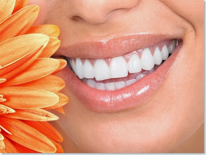 Easy Natural Steps To Whiten Your Teeth