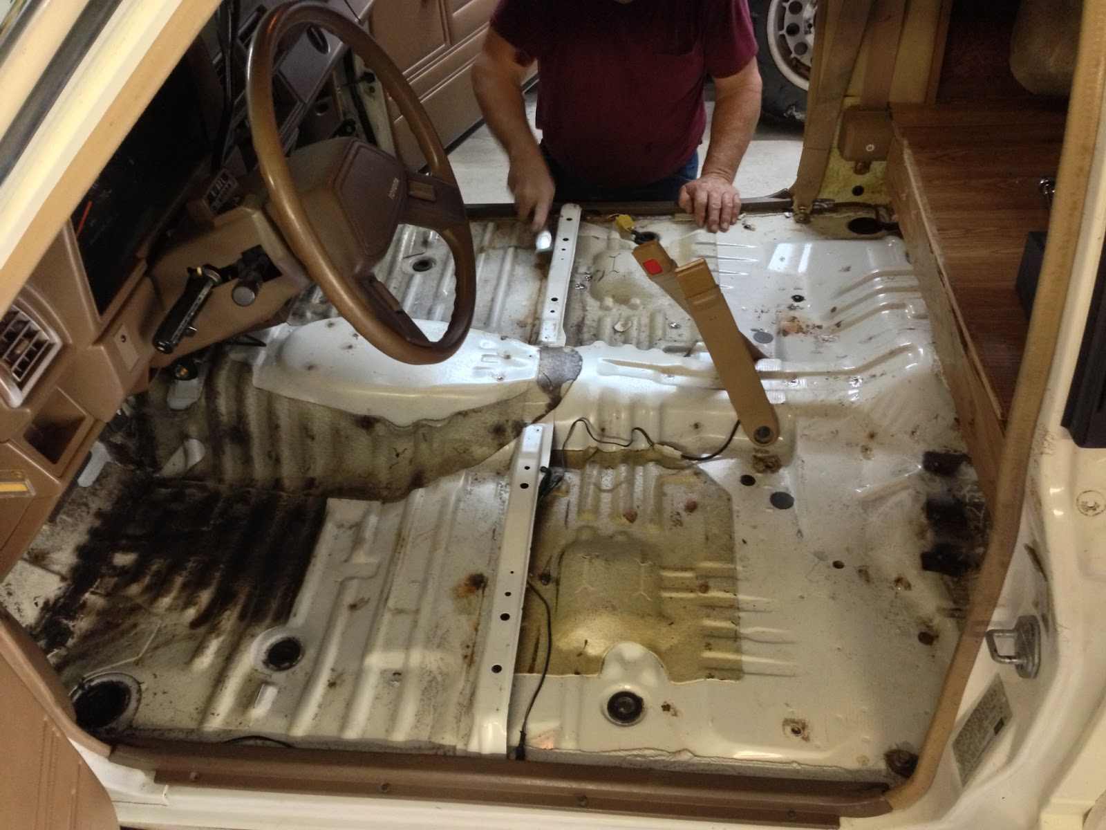 Seventh 1987 Toyota Truck Carpet Dynamat Install Days