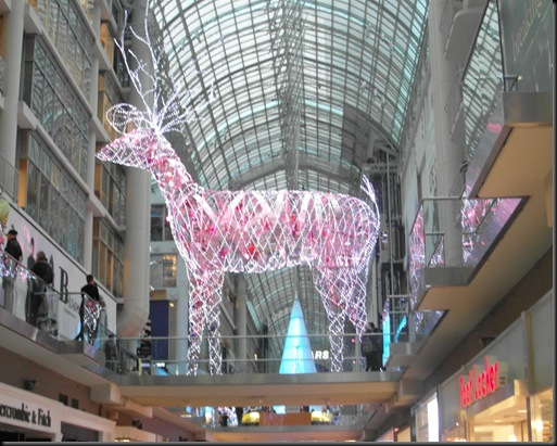 Xmas lights at Eaton Centre (6)