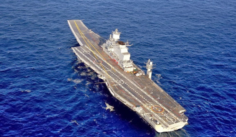 Aircraft-Carrier-INS-Vikramaditya-02-Indian-Navy-R