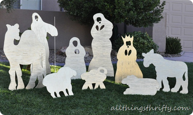 Diy christmas yard nativity set all things thrifty yard nativity set solutioingenieria Images